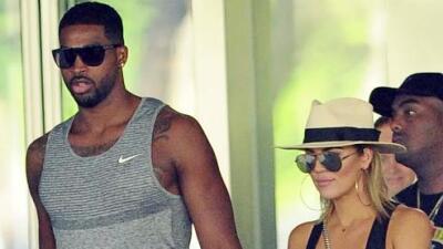 Khloé Kardashian se toma de la mano con su nuevo chico Tristan Thompson.