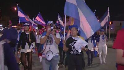 Con masiva protesta, nicaragüenses en Miami piden la liberación de los presos políticos de su país