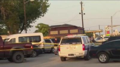 Cinco personas relacionadas con un asilo de ancianos mueren en dos tiroteos en Texas