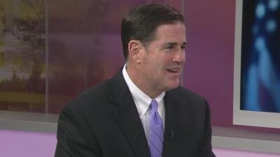 Doug Ducey explicó la decisión de nombrar a Jon Kyl como senador en sustitución de John McCain