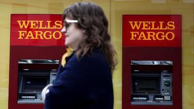 Clientes de Wells Fargo se quedan sin servicio tras fallos en el sistema