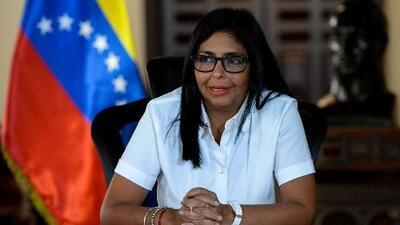 Unión Europea anuncia sanciones contra 11 funcionarios venezolanos, entre ellos la vicepresidenta Delcy Rodríguez