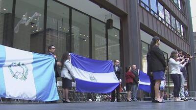 En Illinois, celebran la independencia de Honduras, Guatemala, y El Salvador