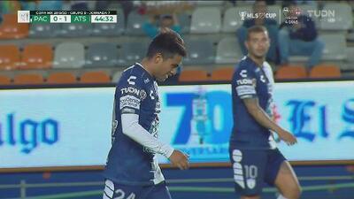 ¡Qué error de Pachuca! Pablo López se pierde el empate