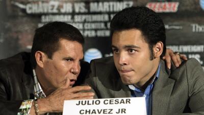 Julio César Chávez quiere que su hijo regrese con Freddie Roach