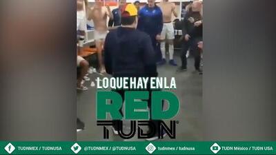 Diego Maradona celebra el triunfo con su baile de vestidor