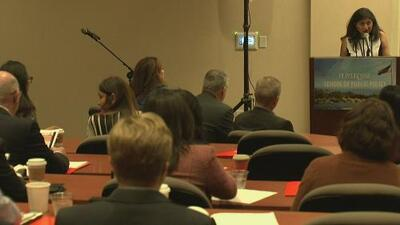 Expertos debaten en conferencia los desafíos actuales de la educación en California