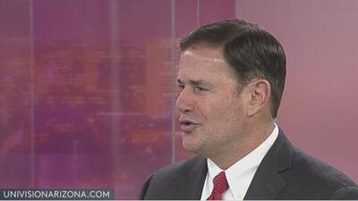 """""""El 25% de los empresarios en Arizona están en la comunidad latina"""", afirma el gobernador Doug Ducey"""