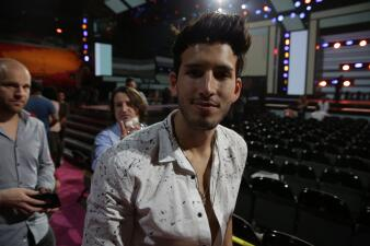 Sebastián Yatra ensayó como si estuviera en vivo en Premio Lo Nuestro
