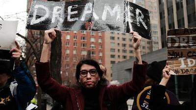Lo que esperan escuchar los dreamers de los precandidatos demócratas durante el debate en Houston