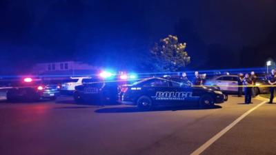 Despliegan un gran operativo policial en Carpentersville por un tiroteo que involucra a la policía