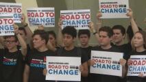 Sobrevivientes de la masacre en Parkland anuncian el próximo paso en su lucha: una gira por todo el país