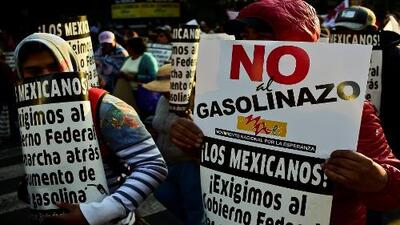 Las cinco contradicciones de Peña Nieto sobre el 'gasolinazo' y la política energética