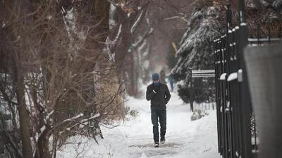 Nieve este martes en el área y baja de temperaturas el miércoles
