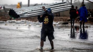 """""""Todo lo perdimos y ayuda del gobierno no tenemos"""": los estragos del huracán Iota tras su paso por Centroamérica"""