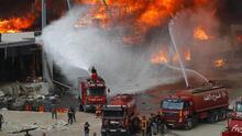 Un incendio se desata en el puerto de Beirut y genera pánico apenas un mes después de la devastadora explosión