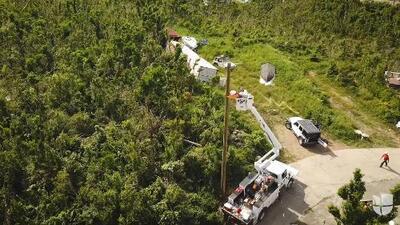 Una carrera contrarreloj en las Islas Vírgenes para restablecer la electricidad