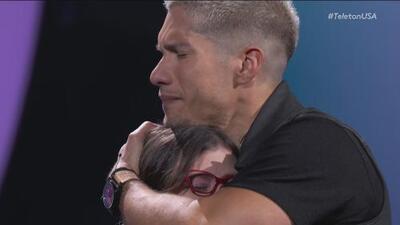 El emotivo homenaje que Chyno le hizo a Sofi, una pequeña que asistió al CRIT en San Antonio, Texas