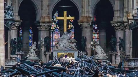 Esta reportera viajó a París a conocer la historia de la catedral de Notre Dame pero jamás imaginó ver su destrucción