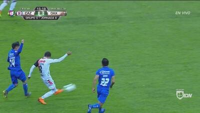 Cruz Azul tiembla ante el disparo de Renato Román; Allison salva