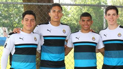 Chivas ya entrenó con equipo completo de cara al Apertura 2016
