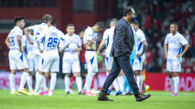 Juan Reynoso detalla por qué Orbelín y 'Cabecita' no fueron titulares