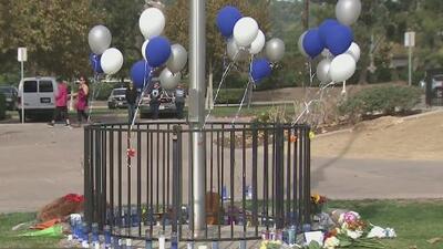 El dolor y la tristeza embargan a la comunidad de Santa Clarita tras el tiroteo en la preparatoria Saugus