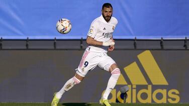 Benzema dijo que el Madrid apeló al coraje para vencer al Elche