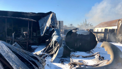 Dos heridos tras explosión de un camión cisterna de gasolina en el sur de Los Ángeles