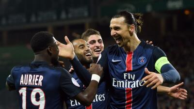 Ibrahimovic sella ante Saint-Etienne la vigésima victoria del Paris Saint-Germain