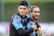 El uruguayo Martín Cáceres apunta a salir de la Lazio en busca de más minutos con destino a Suiza: Young Boys y Basilea son las posibilidades.
