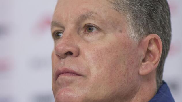 Peláez asegura que no llegará otro portero a Chivas y Moi Muñoz no le cree del todo