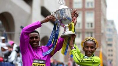 Lelisa Desisa y Caroline Rotitch fueron los ganadores del Maratón de Boston