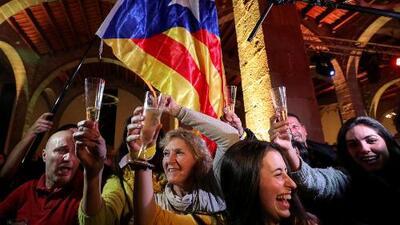 Las elecciones apenas cambian el panorama político en Cataluña: los independentistas pueden volver a gobernar