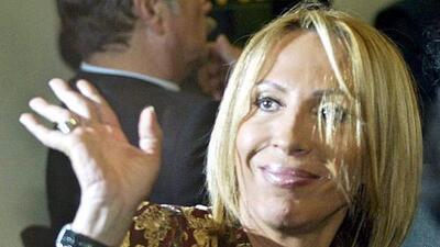 Laura Bozzo rompe en llanto al hablar de cómo Cristian Zuarez vistió y enterró a su papá