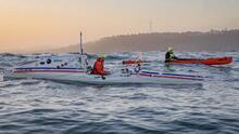 Trató de llegar a Hawaii en kayak desde California. Su rescate costó $42,000, ¿quién los paga?