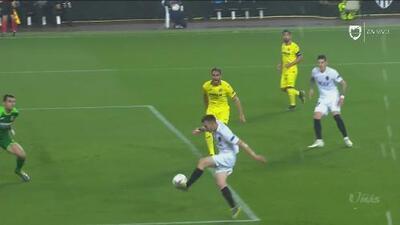 Toni Lato prácticamente selló el pase; puso el 1-0 para Valencia