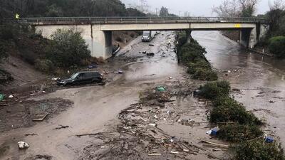Así lucen las calles de Montecito luego de los fuertes deslaves por las lluvias en California
