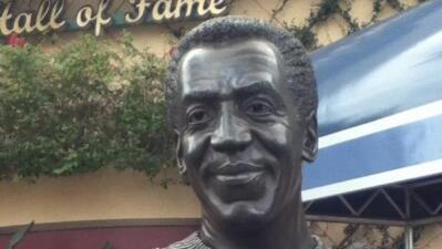 Disney retira el busto de Bill Cosby de sus instalaciones en Orlando