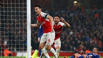 Arsenal 2-1 Everton: Los Gunners son líderes provisionales en la Premier