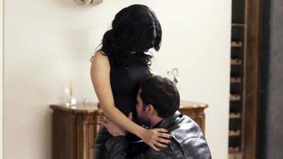 Mariana le confesó a Felipe que está embarazada