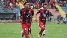 ¡Espectacular! 'Gullit Peña marca golazo de tijera