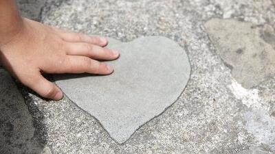'HeartGift', la organización que brinda cirugías gratuitas a niños con problemas en el corazón