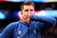 Dallas Mavericks informan que harán resonancia en el tobillo de Luka Doncic