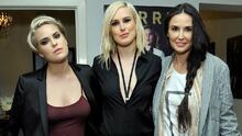 """""""Como si llegara un monstruo"""": hijas de Demi Moore cuentan lo difícil que fue vivir con las adicciones de su madre"""