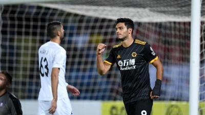 Un doblete hace que Jiménez supere su marca goleadora de 2018