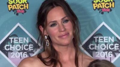 Jennifer Garner describe su situación con Ben Affleck como una 'familia moderna'