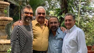 Alejandro Fernández dio el viejazo y se mira mayor que sus hermanos en foto del Día del Padre