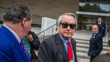 """Un promotor de las teorías de fraude de Trump es investigado por """"votación ilegal"""""""