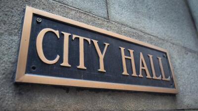 Anuncian la iniciativa, 'Alcadia Movil' para que residentes accedan a servicios del municipio en distintos barrios de Chicago